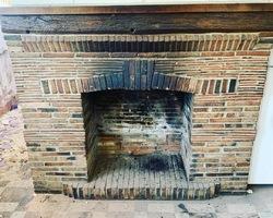 cheminée en brique  avant